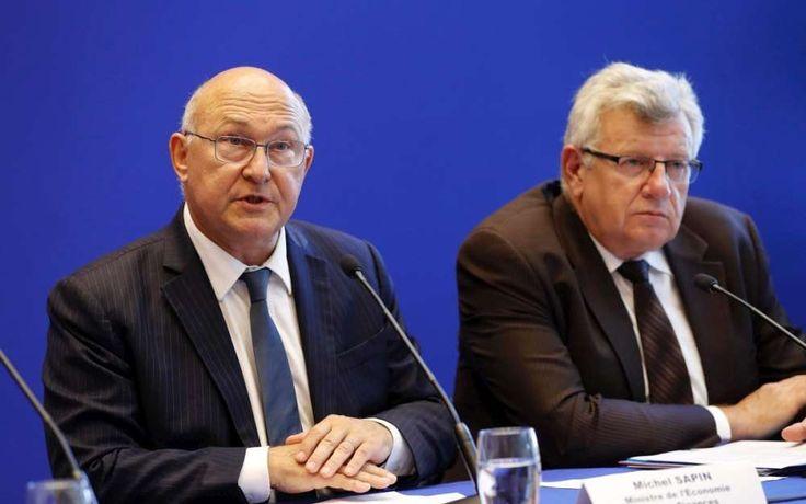 L'ancien ministre des Finances Michel Sapin et le secrétaire d'État au Budget Christian Eckert, vertement critiqués par la Cour des comptes, nient tout artifice comptable dans le budget 2017 et
