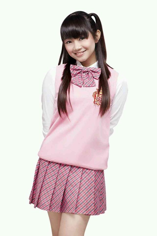 Sendy Ariani, she used to be a Dangdut singer before joined JKT48.