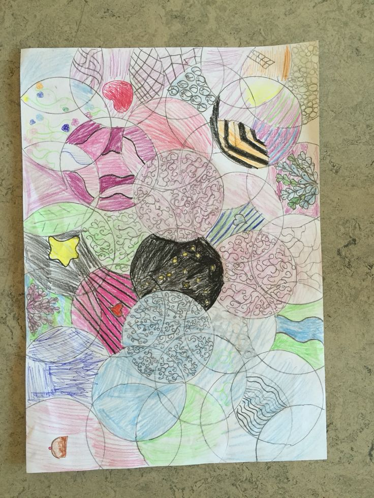 2. klasse arbejder med Doodle - mønstre og former