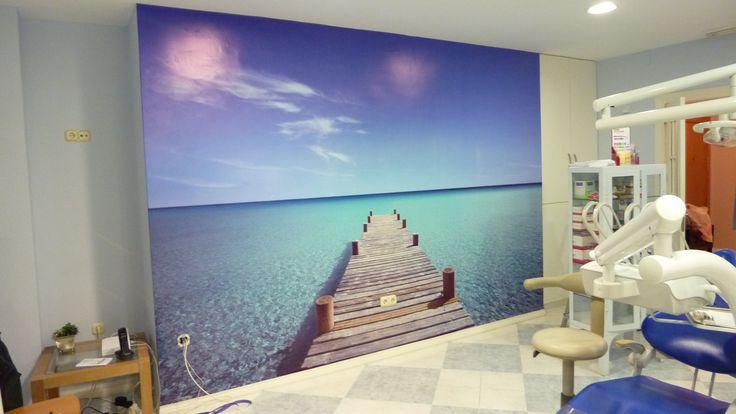 Mural fotogr fico realizado en vinilo para clinica dental en granada capital - Decoracion clinica dental ...