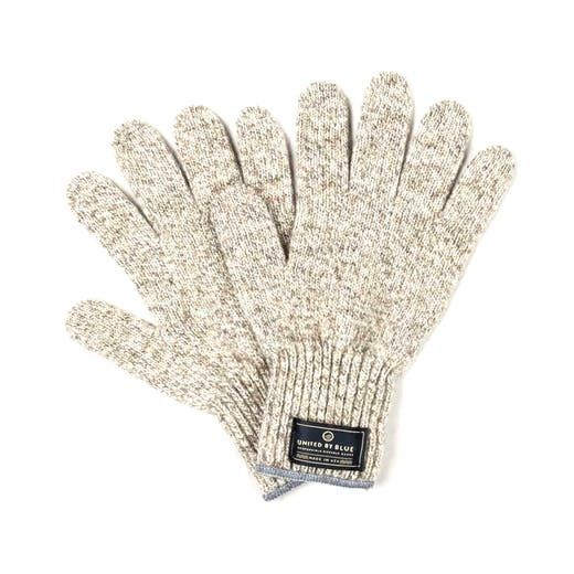 Ragg Wool Gloves | Ragg wool, a crimped, woven wool, uses wool's natural ability to trap body heat in its fibers to insulate. In addition, the wool keeps the gloves water repellent, so it wicks snow and rain away from your skin instead of seeping in. However, unlike other types of wool, Ragg is rougher and medium weight, perfect for day and night wear. All finished with a deer leather palm and fingers which adds extra durability and a secure grip