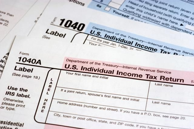Payroll tax report deadlines for 2014 wage and tax reports, Form W-2 and Form 1099-MISC.