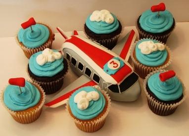 Cakes   Birthday Cake   Cupcake Birthday Cake   Girl Birthday Cake: Airplane Birthday Cake   Airplane Birthday Cake IdeasAirplanes Theme Parties, Cupcakes, Airplanes Parties, Cake Ideas, Airplanes Cake, Parties Ideas, Theme Cake, Parties Theme, Birthday Cake