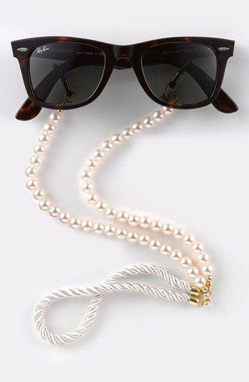 Corinne McCormack   39 Pearls  39  Eyewear Chain  Nordstrom Exclusive    Nordstrom  Susan Seeman you need these