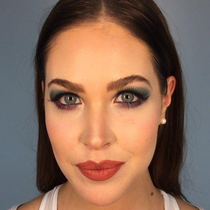Este es look que hice el día de hoy en el workshop con @josueluquin_makeupartist_ en mi hermosa modelo @macaordiales   #colorfull #closeup #makeup #mua #eyes #eyeshadow #mac #maccosmetics  #urbandecay #toofaced #benefitcosmetics  #glitterbomb #eyelashes #eyebrows #smashbox #tuxtlagutiérrez #chiapas #mexico #cdmx #workshop #makeupartist #makeupaddict #makeupgoals #makeupporn #instajunkie #instamakeup #instabeauty