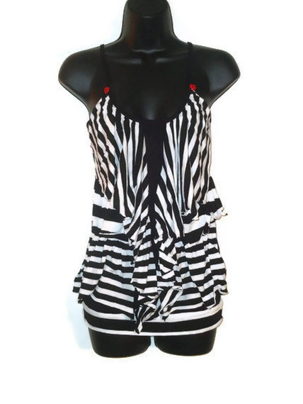 Ladies Chic Black and White Striped Rockabilly Ruffled Fashion Tank Top Womens Clothing XS