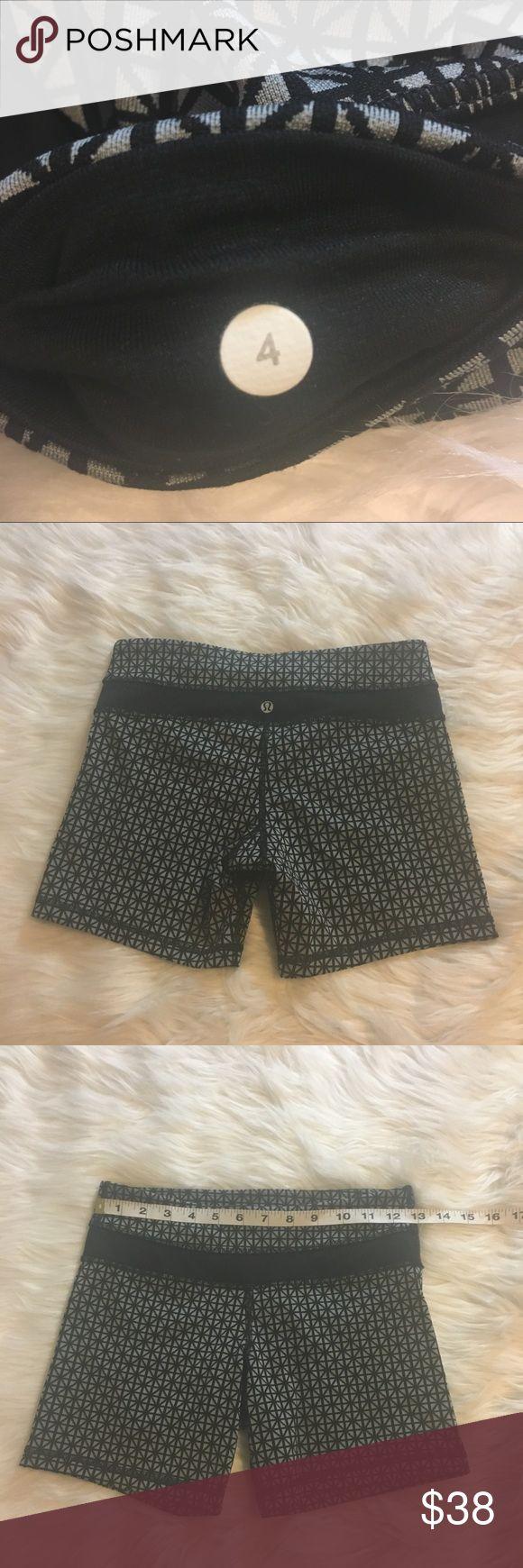 Lululemon athletica shorts size 4 Lululemon athletica shorts size 4 lululemon athletica Shorts
