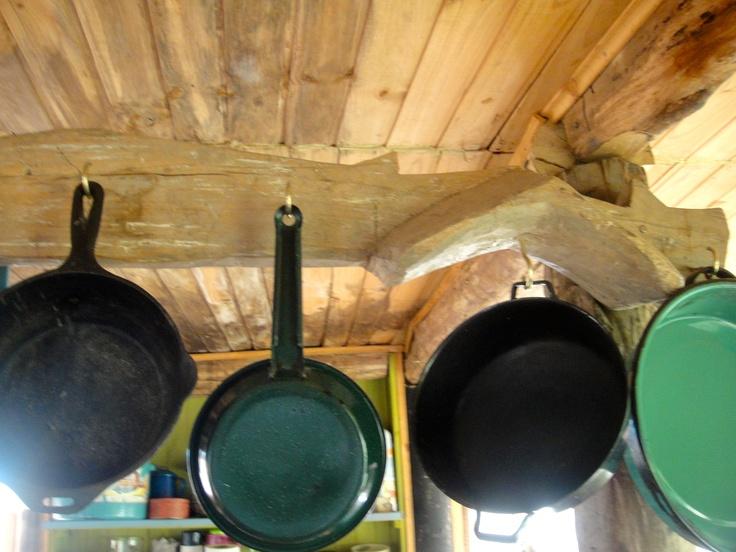 M s de 25 ideas incre bles sobre ollas para colgar en for Perchas para colgar llaves