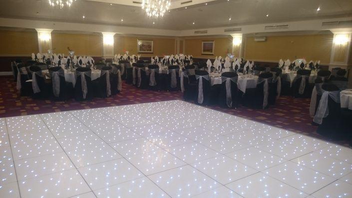 Hilton Avisford – White Twinkle LED Dancefloor