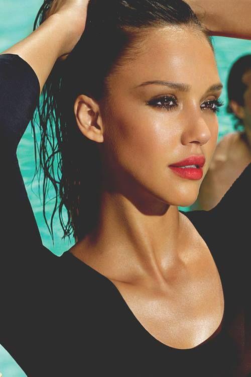 "Jessica Alba <span class=""EmojiInput mj230"" title=""Black Heart Suit""></span>"
