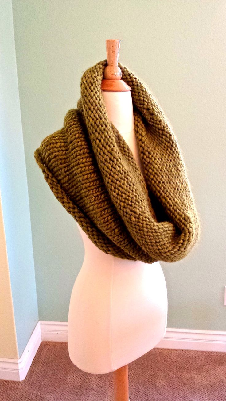 Extra Large Infinity Scarf, Outlander Cowl, Super Chunky Knit Scarf, Oversized Knit cowl, Hooded Cowl Made with Cascade Magnum Yarn by AnniesHookNook on Etsy https://www.etsy.com/listing/220041352/extra-large-infinity-scarf-outlander