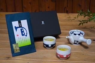 肥前吉田焼 水玉急須(青)・湯呑(朱、青)+「美好園」宇治煎茶セット(童仙房)
