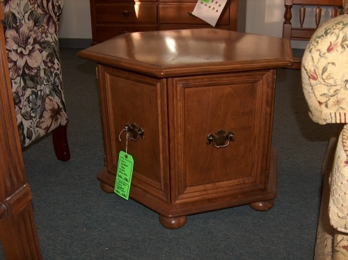 ethan allen commode table cherry finish 80 at the restore what 39 s in the habitat restore. Black Bedroom Furniture Sets. Home Design Ideas