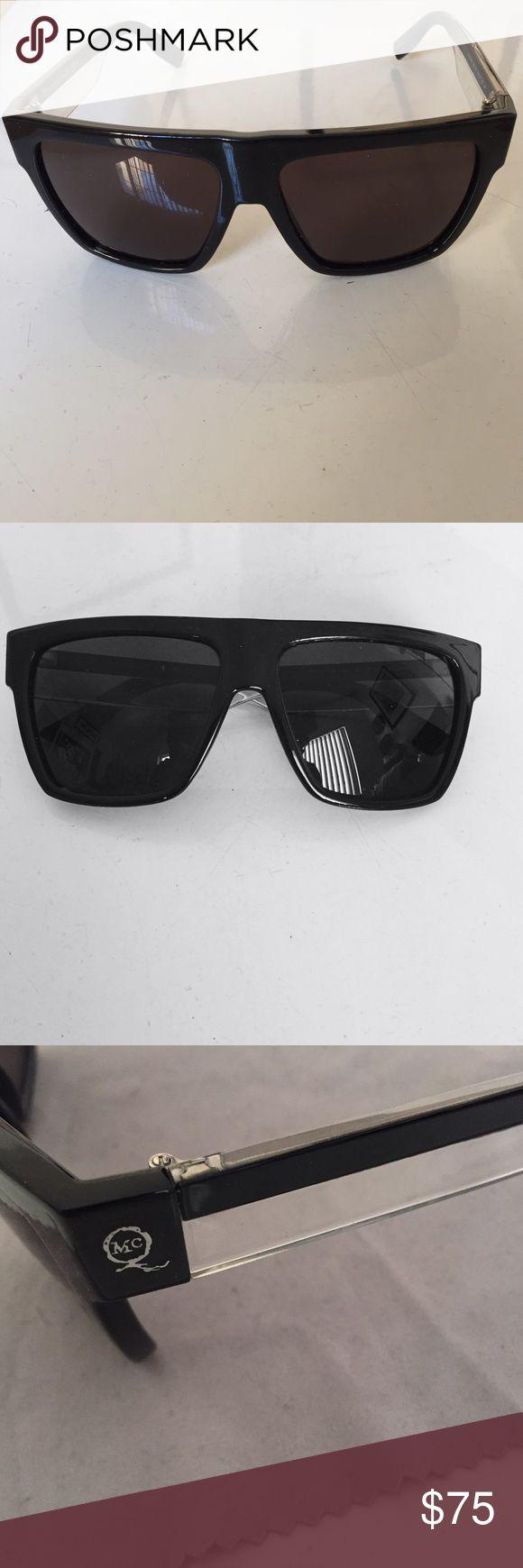 ALEXANDER MCQUEEN sunglasses Alexander McQueen Sunglasses (NEW) Never used UNISEX Plastic Frame/Gloss  Polycarbonate Lens (Black)  No case Regular price $200  NO TRADES NO HOLDS DO NOT LOWBALL ME! Alexander McQueen Accessories Sunglasses