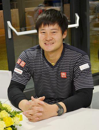 インタビューで2020年東京パラリンピックへの思いなどを語る車いすテニスの国枝慎吾=ロンドン ▼22Dec2014時事通信|「勝つことが一番の近道」=東京パラリンピックを満員に-車いすテニスの国枝 http://www.jiji.com/jc/zc?k=201412/2014122200498 #Shingo_Kunieda