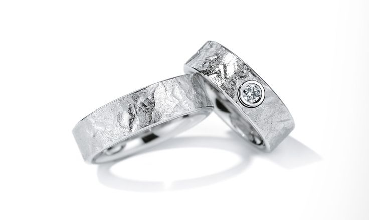 Eheringe aus Platin mit Diamant in Hattingen angefertigt