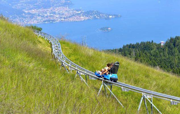 E se vi dicessimo che in Piemonte esistono delle montagne russe a picco su un monte? Proprio così, sulla cima del Mottarone, montagna granitica in...