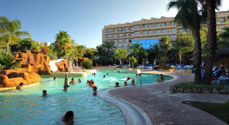 Отель Palas Pineda рекомендуемый для всех категорий отдыхающих, особенно семьям с детьми.