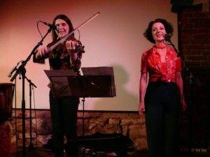Agnes Kutas and Andrea Gerak at Fililibi concert at Ryba na Ruby Prague, March 2015. Photo: Carolina Linertova