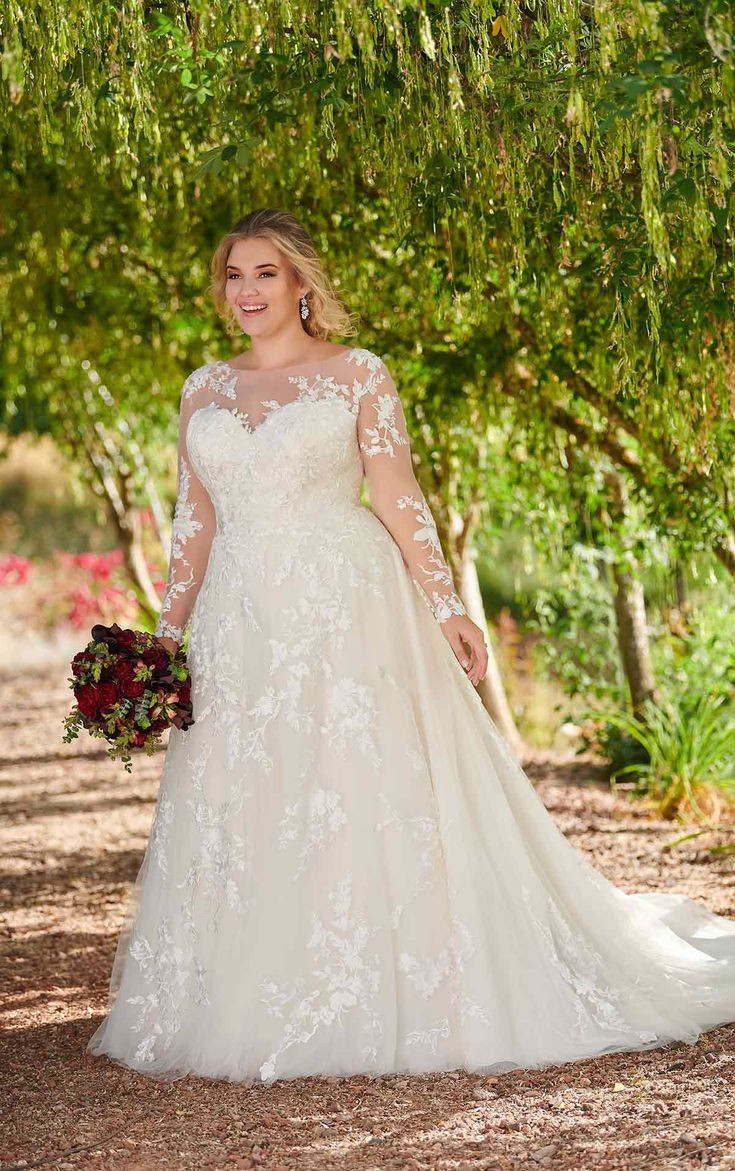 Modest Plus Size Wedding Dress with Sleeves, #arming #brautdress #modest,
