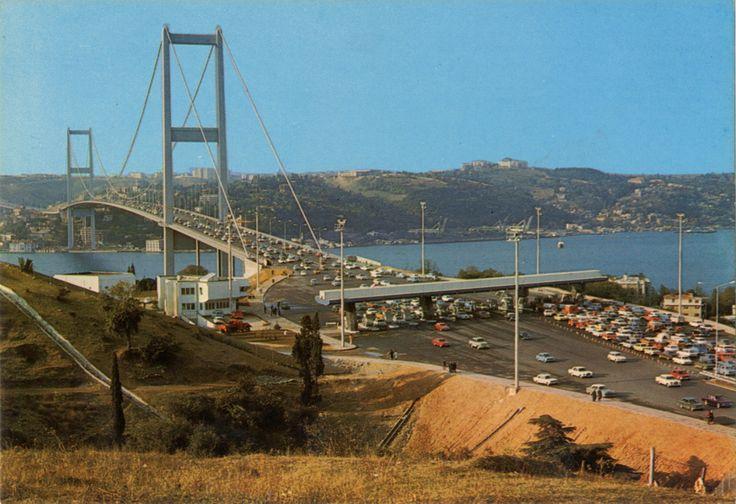 Boğaziçi Köprüsü SALT Araştırma Fotoğraf Arşivi http://ift.tt/1T6Zj4l