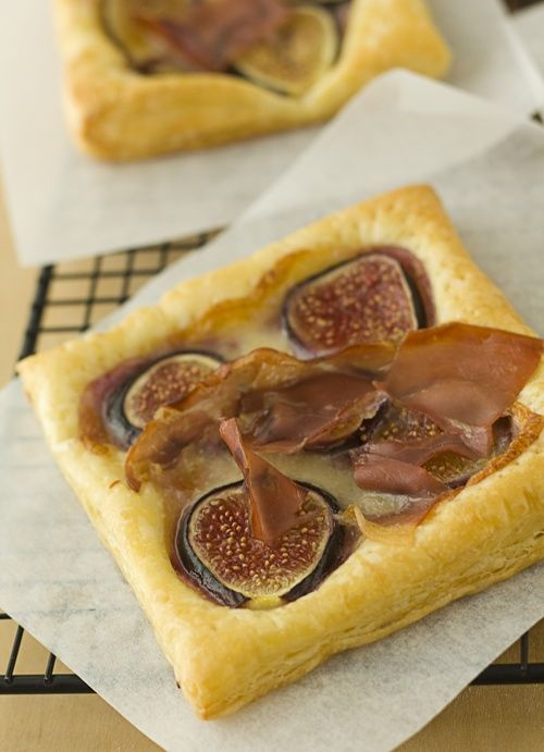 : Fig, Brie & Prosciutto Tarts | tarts | Pinterest | Tumblers, Brie ...