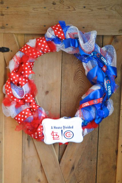 Cubs vs. Cardinals DIY baseball wreath - perfect craft for the major league fan