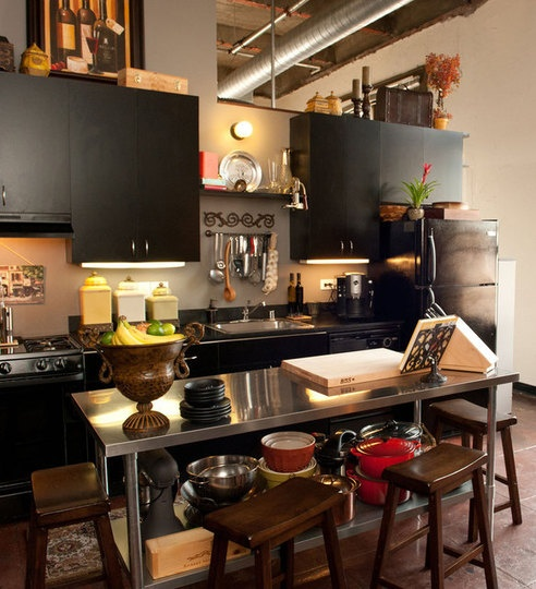 Loft kitchen. I love lofts. I keep asking my husband to sell our home so we can get one.. He won't go for it... Lol