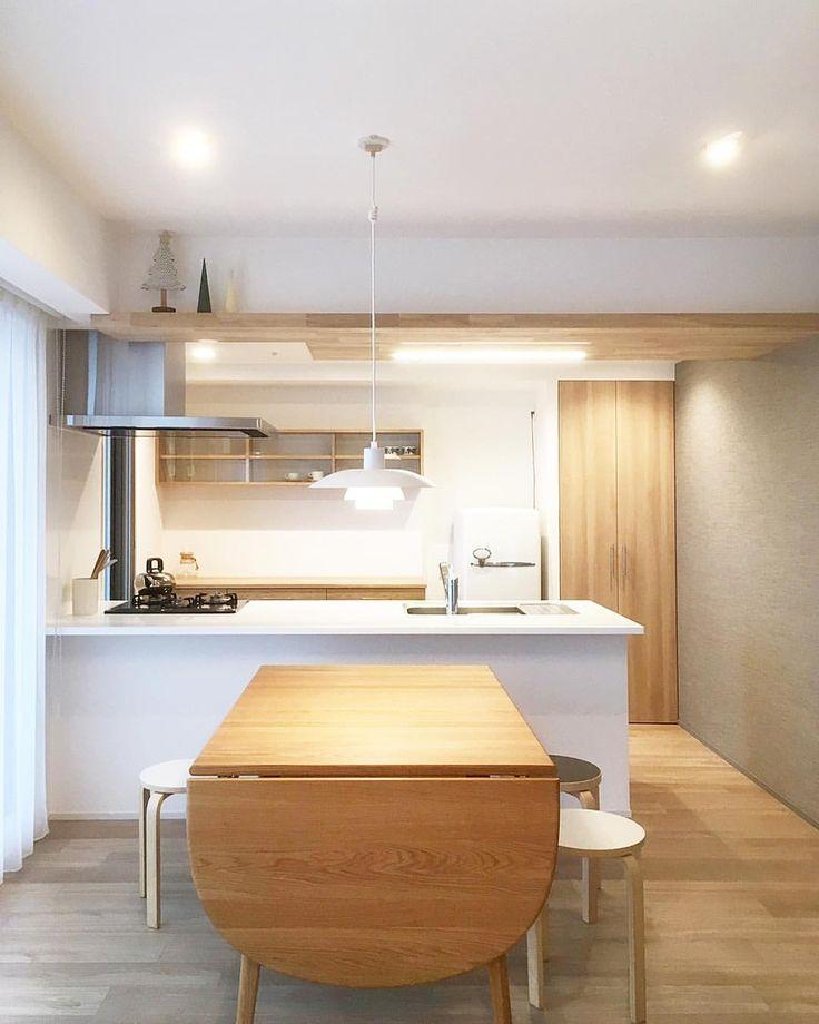 いいね!178件、コメント1件 ― oguma LLCさん(@oguma_llc)のInstagramアカウント: 「尼崎のお宅のプチリノベーション&オーダー家具製作。 壁一面に漆喰を塗り、キッチンの天井に板貼りをしました。板貼りをすることで飾り棚にも。 食器棚は楢で作成。また後日ご紹介します。…」
