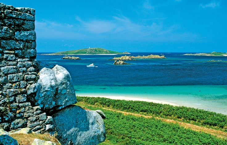 St Mary's is the largest island of the Isles of Scilly, an archipelago off the southwest coast of Cornwall in England.