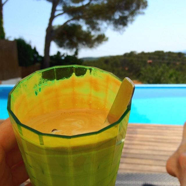 Frappe! Mix nescafe,sugar & water to heavy foam. Add milk & ice! Love!