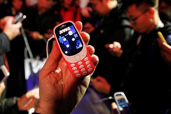 Раскрыта тайна нового дизайна Nokia 3310 фото и описание