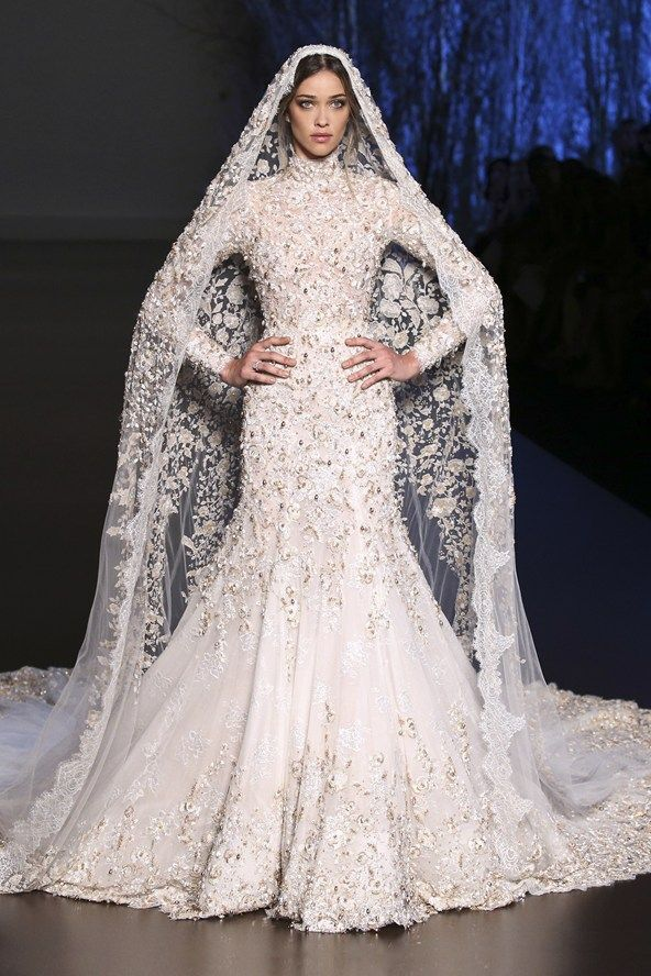 Ralph & Russo Autumn/Winter 2015-2016 finale bridal gown