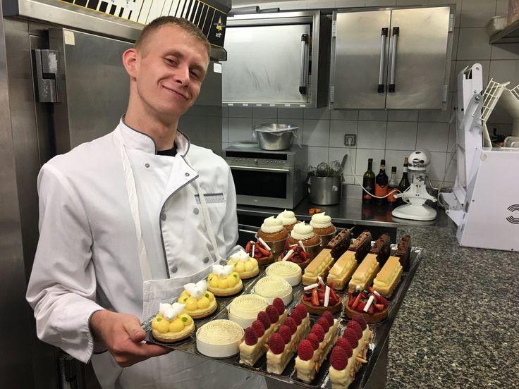 Pâtissier dans un restaurant étoilé à Paris: la scène Thélème