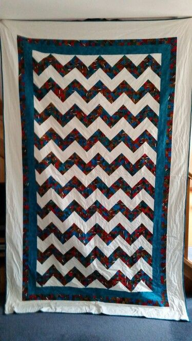 Zigzag quilt for a single bed