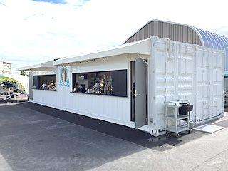 名古屋港「ハーバーガーデン」コンテナ倉庫/バー/トイレ
