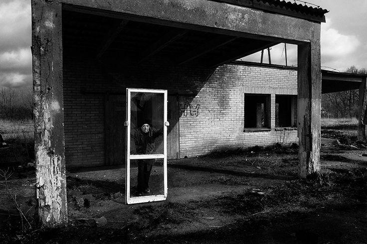 Tomasz Tomaszewski - A Stone's Throw