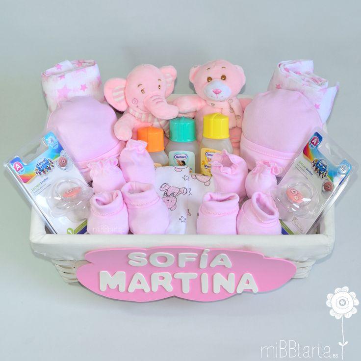 ¿Vas a hacer un regalo para gemelos o mellizos y no sabes por dónde empezar? ¿Conoces nuestras canastillas y tartas de pañales gemelares? Esta bonita cesta es una de ellas, además también encontrarás originales figuras de pañales para gemelos haciendo clic en la foto o en https://www.mibbtarta.es/etiqueta-producto/regalos-para-gemelos-o-mellizos #canastilla #babyshower #regalonacimiento #regalobebe #cestanacimiento #cestabebe  #tartadepañales #tartasdepañales  #cestanacimiento #bebe…