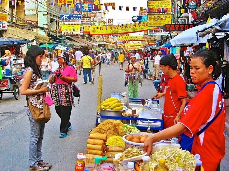 The real reason you should eat street food on your travels - Khao San Road in Bangkok, Thailand