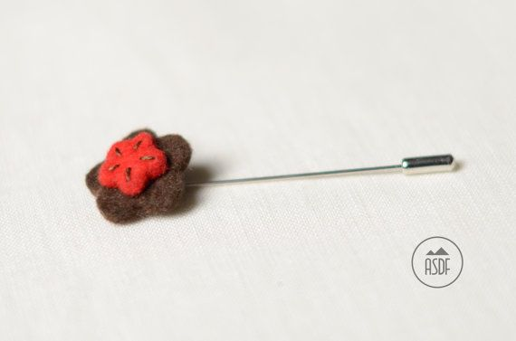 Wool felt lapel pin in brown and red