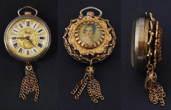 """ART DÉCO - Relógio feminino, pendente e ou de lapela, metal espessurado a ouro. Lindo verso trabalhado com figura de """"jovem"""". Mostrador dourado, esmalte e algarismos romanos, Fabricação suíça."""