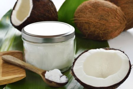 Coconut Oil and its amazing benefits! Grace guru by Anna Grace Davidson
