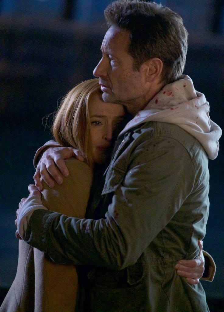 The X-Files : un happy end pour clore la saison 11 ?  La FOX a dévoilé les éléments promotionnels de l'épisode 10, intitulé « My Struggle IV », et on ne peut s'empêcher d'avoir un pincement au cœur puisque ce sera la dernière apparition de Gillian Anderson dans le rôle de l'Agent Dana Scully …
