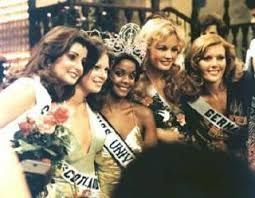 Kuvahaun tulos haulle Miss universum Anne Pohtamo