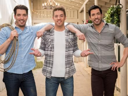 Best 25 drew scott ideas on pinterest property brothers for Property brothers online episodes