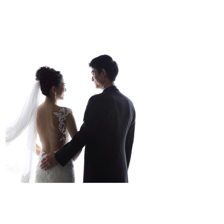 �� . 最近は嬉しい連絡がたくさん�� . ハネムーン投稿が一通り終わったら また#披露宴レポ #コンラッド婚レポ 再開します���� .  #weddingdress #wedding #conradtokyo #conradwedding #conradhotel  #mselle #galialahav #magnoliawhite #weddingphoto #ホテル挙式 #コンラッド東京 #コンラッドウェディング #20170225 #ガリアラハヴ #マグノリアホワイト#ミスエレ #運命の一着 #ウェディングドレス #ウェディングフォト #2017春婚 #長身夫婦 #アバ婚 #ウェディングニュース #Alolea #ハナコレ #ハナコレストーリー #日本中のプレ花嫁さんと繋がりたい http://gelinshop.com/ipost/1517809436605086928/?code=BUQV6QRlPzQ