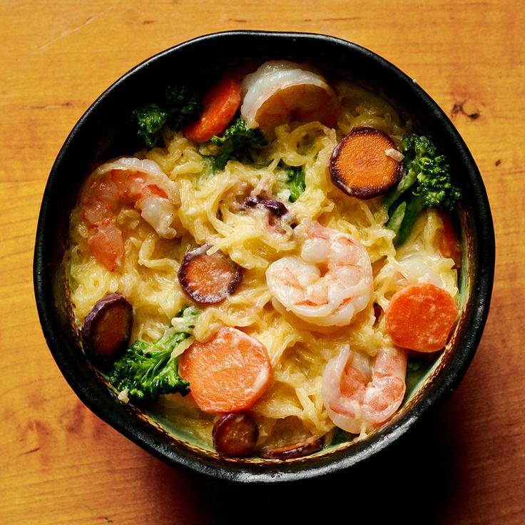 shrimp and alfredo spaghetti squash- squash doesn't absorb the sauce ...