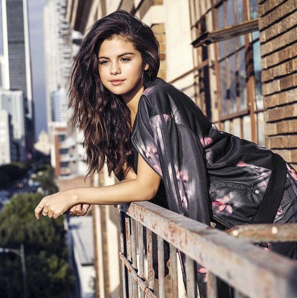 Selena Gomez: Topless for V Magazine!