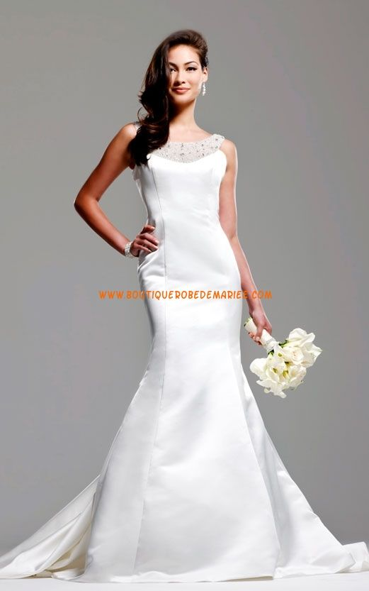 Robe de mariée 2011 sirène en satin ornée de bijoux