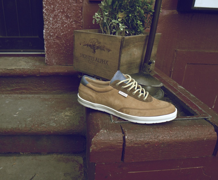 Môžte kúpiť:  http://www.splendix.sk/splendix-lounge-brown/